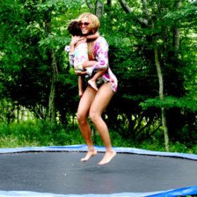 Beyoncé: Δείτε τις νέες φωτογραφίες με την κόρη της
