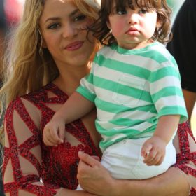Shakira: Έγκυος στο δεύτερο παιδί της;