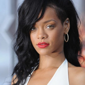 Rihanna: Γιατί ενοχλήθηκε με νεαρό θαυμαστή της;