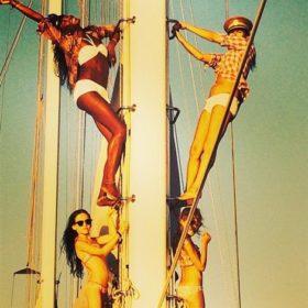 Στην Ελλάδα Kate Moss-Naomi Cambell: Δείτε σε ποιο νησί κάνουν διακοπές