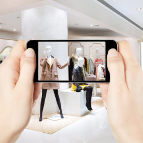 Spring: Το νέο app που συνδέει απευθείας τους κορυφαίους οίκους με τον καταναλωτή