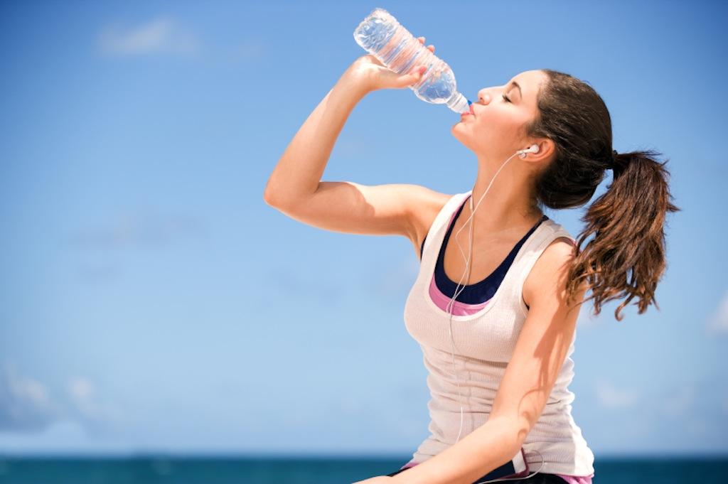 Αποτέλεσμα εικόνας για πινετε νερο