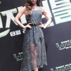 Η Megan Fox με Jonathan Saunders