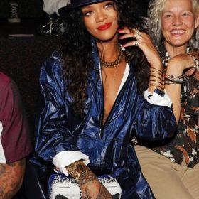 Rihanna: Τι έκπληξη ετοιμάζει η τραγουδίστρια στους θαυμαστές της τον Νοέμβριο;