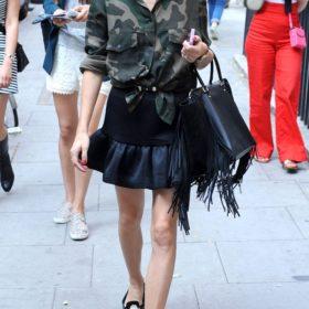 H Olivia Palermo με Alexander McQueen