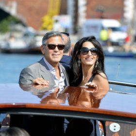 Δείτε το υπέροχο φόρεμα της μέλλουσας κυρίας Clooney