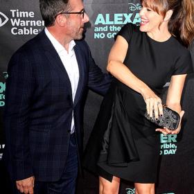 Jennifer Garner: Αποκάλυψε κατά λάθος τον κορσέ που φόραγε