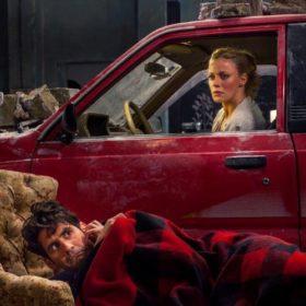 Στα καλά καθούμενα: Η νέα κωμωδία με πρωταγωνίστρια τη Ζέτα Μακρυπούλια