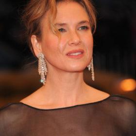 Renée Zellweger: Νέες φωτογραφίες που δείχνουν το διαφορετικό πρόσωπο της ηθοποιού