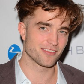 OMG! Τι συνέβη στα μαλλιά του Robert Pattinson;