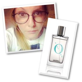 H beauty editor του InStyle ερωτεύτηκε ένα άρωμα που μυρίζει πούδρα…