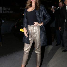 Η Miranda Kerr με Escada