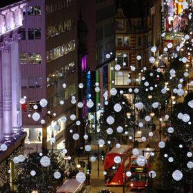 Λονδίνο ψηφίζουν τα Χριστούγεννα οι Έλληνες