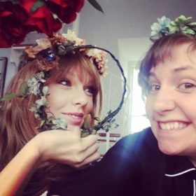 Δείτε το μοναδικό δώρο της Taylor Swift από τη Lenna Dunham