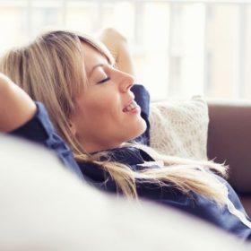 10 εύκολοι τρόποι για να διώξεις το άγχος από τη ζωή σου