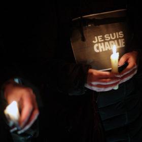 #JesuisCharlie – Θλίψη σε όλον τον πλανήτη