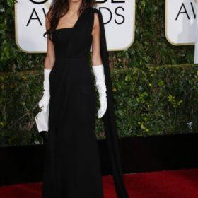Amal Clooney: Πόσο στοίχισε το look της στις Χρυσές Σφαίρες;