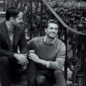 Tiffany & Co: Η πρώτη καμπάνια του οίκου με πρωταγωνιστές ένα gay ζευγάρι