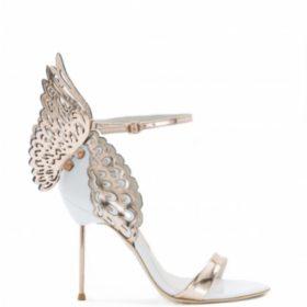 Shoe Addict: 13 σημάδια που μαρτυρούν ότι είστε εθισμένη με τα παπούτσια