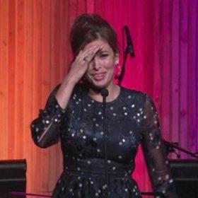 Eva Mendes: Γιατί δεν κοιμάται καλά η ηθοποιός;