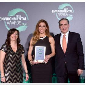 Congrats! Νέα βράβευση της Oriflame στα environmental awards 2015