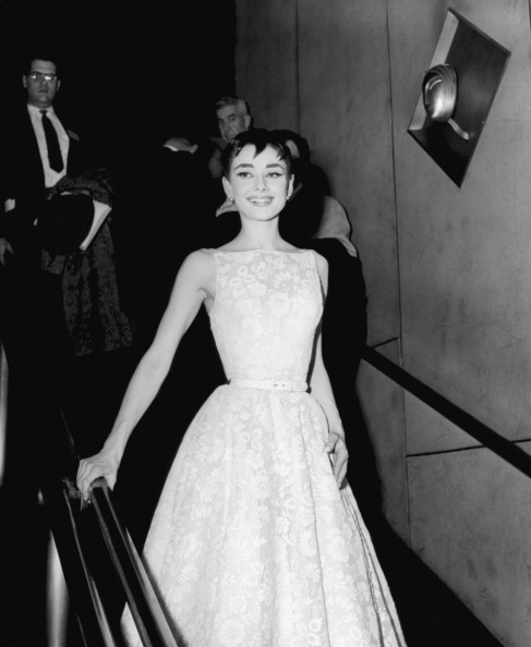 audrey hepburn, roman holiday, oscar awarded