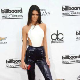 Kendall Jenner: Μας αποκαλύπτει το μυστικό της για να μην πονάμε όταν φοράμε τακούνια
