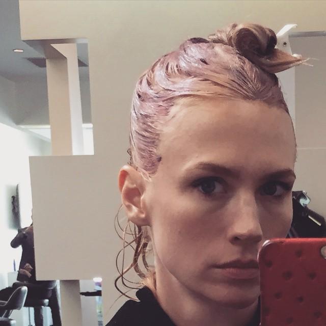 january jones roz mallia kommotirio instagram vafi