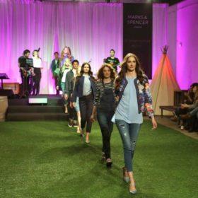 Τα Marks & Spencer παρουσίασαν το ωραιότερο fashion show