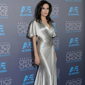 Angelina Jolie: Η πρώτη δημόσια εμφάνιση μετά την αφαίρεση των ωοθηκών της