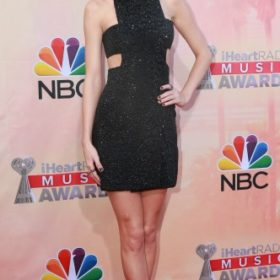 H Taylor Swift με Kaufman Franco