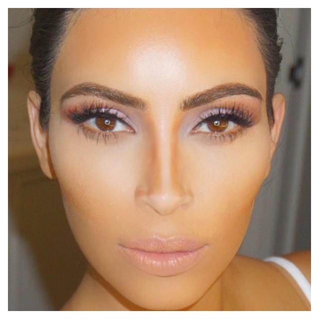 kim kardashian contouring prosopo instagram