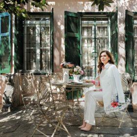 Κατερίνα Διδασκάλου: Δείτε το πανέμορφο νεοκλασικό σπίτι της ηθοποιού κάτω από την Ακρόπολη