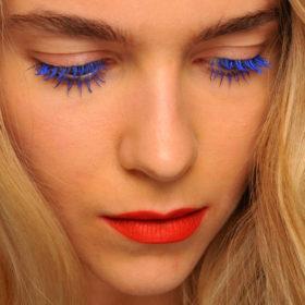 Χρωματιστές μάσκαρα: Ναι επιτρέπονται και είναι τέλειες