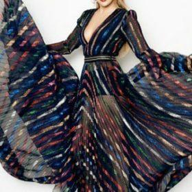 Η Jennifer Lopez με Blumarine