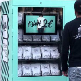 Video: Το συγκινητικό κοινωνικό πείραμα του T- shirt των 2 ευρώ