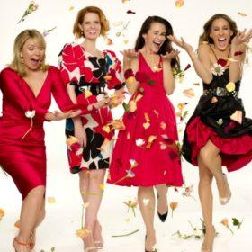 Sex and the City: Τι θα φορούσαν σ' αυτές τις γιορτές οι πρωταγωνίστριες της αγαπημένης σειράς, αν «ζούσαν» ανάμεσά μας;
