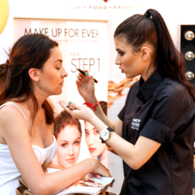 Video: Τα Sephora και το InStyle απογείωσαν την ομορφιά στο Beauty Up! Δεκαήμερο
