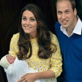 Απίστευτο! Δρομέας έριξε μπουκάλι με νερό στον πρίγκιπα William και την Kate Middleton