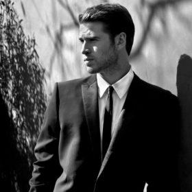 Πως μυρίζει ο Liam Hemsworth;