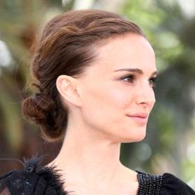 Δείτε τη Natalie Portman να πρωταγωνιστεί στη μικρή ταινία για το καινούριο Miss Dior Absolutely Blooming