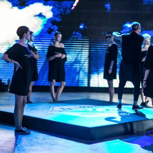 1562084805_konstantinos-melis-by-laskos-madwalk-backstage-21-jpg