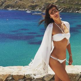 Alessandra Ambrosio: Έτσι διατηρεί το σώμα του το μοντέλο που πρόσφατα βρέθηκε στη Μυκόνο