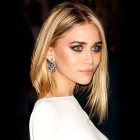 H Mary-Kate Olsen βρήκε ένα νέο τρόπο για να φοράμε τη ζακέτα μας φέτος το φθινόπωρο