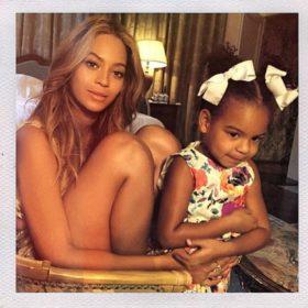 So cute! Η Beyoncé μοιράστηκε τις πιο όμορφες οικογενειακές φωτογραφίες που έχουμε δει τελευταία