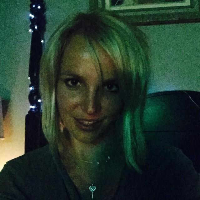 britney spears kare selfie