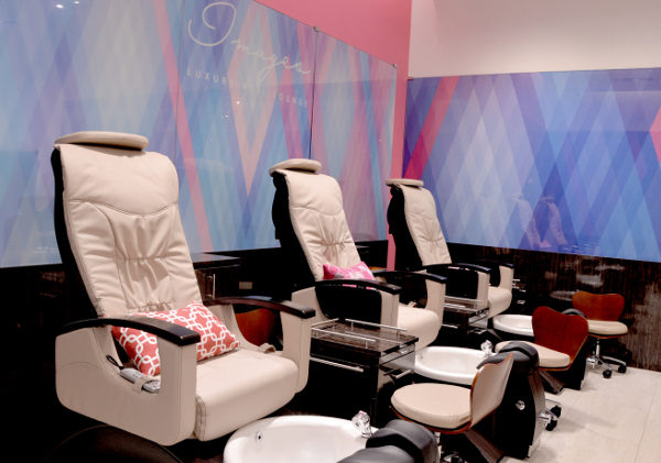luxury salon chairs