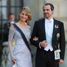 Τατιάνα Μπλάτνικ: Μείναμε άφωνες με το φόρεμα που επέλεξε για τον πριγκιπικό γάμο στη Σουηδία