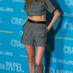 cara delevingne, crop top, sort saki, psilomeso, pedila, mosaic, look of the day