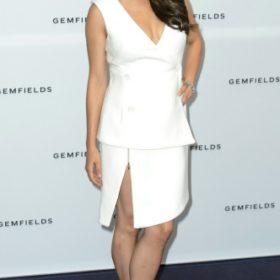 H Mila Kunis με Antonio Berardi
